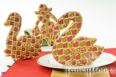place setting with cookies 1