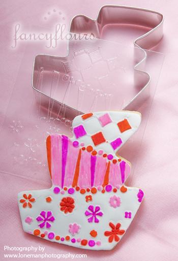whimsy valentine cake
