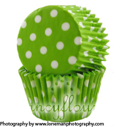 green dot muffin cup