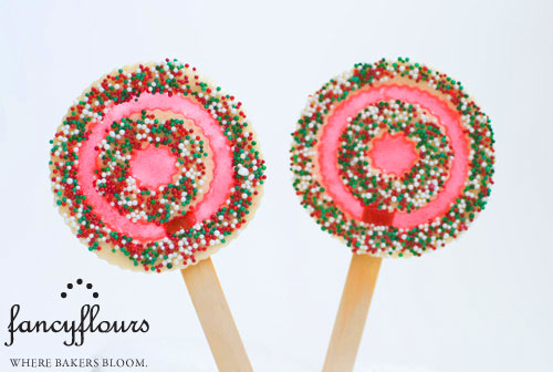 Peppermint Swirl Cookie Pops