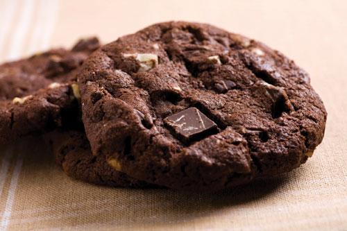 Quadruple Chocolate Chip Brownie Cookies