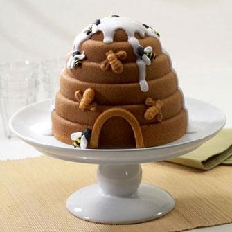 Beehive Cake Pan
