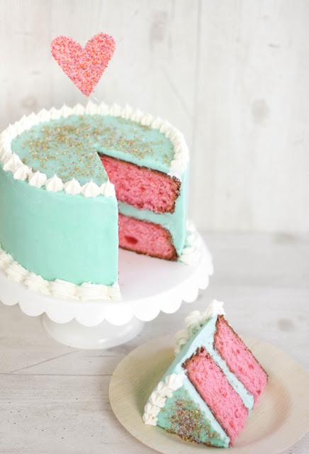Cherry Vaniila Cake