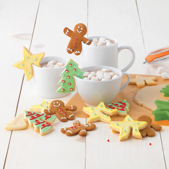 05024-Sweet-Creations-Christmas-Mug-Hugger-Cookie-Cutters-Back-32.jpg