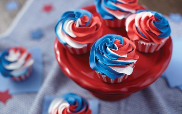 red-white-blue-cupcakes.jpg